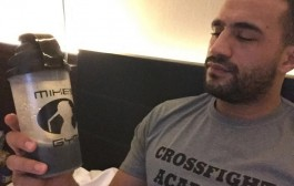 المقاتل المغربي بدر هاري.. وحش (فيديو)