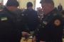 باش يكونو عبرة: اعتقال مسؤولين كبيرين بتهمة الفساد اثناء اجتماع للحكومة في اوكرانيا =فيديو الاعتقال=