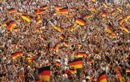 وفاة اللاعب الالماني فوتكه