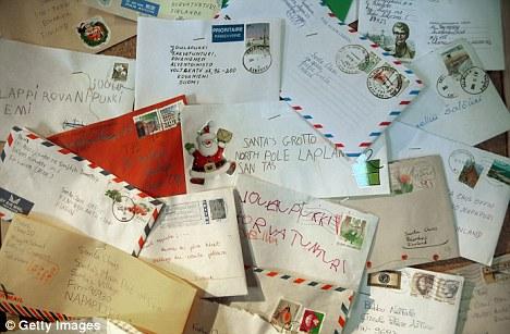 ستة  اشهر سجن لفاكتور سرق 13 ألف رسالة