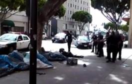 كحالت فأمريكا مرة أخرى. بوليس ديال الميريكان قتلوا امريكي اسود اللون آخر من المتشردين فالشارع العام وحدا المواطنين (فيديو + 18)