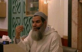 الشيخ الفيزازي نوضها مع كاتبة صحافية مصرية في مناظرة مباشرة على قناة الجزيرة+فيديو