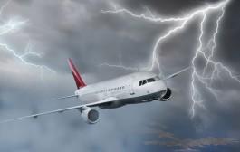 مناورة خطيرة لطائرة اماراتية وسط عاصفة – فيديو