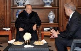 بزاف على الكرم هادشي:ها اش كانت سفارتنا ف باريس كتصيفط لبوتفليقة يوميا ملي كان مريض