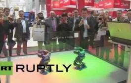 بالفيديو..روبوتات ترقص في معرض هانوفر بألمانيا