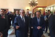راقبوا يا رجال المغرب نساءكم، قبل أن يستولي عليها حزب العدالة والتنمية!  بعد أن اكتسحوا صناديق الاقتراع، ها هم يكتسحون قلوب النساء