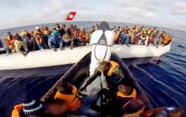 بالفيديو إنقاذ 545 مهاجر إفريقي من الغرق في البحر الأبيض المتوسط
