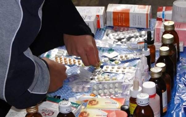 """إيقاف """"صيدلي"""" جمع الدوا من طارو ديال الزبل وبدا يبيع فيه للمرضى في البيضاء"""