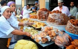 يحث رؤساء الأقسام الاقتصادية بالعمالات على مراقبة أسعار وجودة المنتجات الغذائية في رمضان
