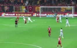 بالفيديو. فريق تركي يتهم حارس مرمى بالتآمر لتضييع البطولة عليه