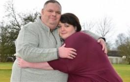 الصورة تعكسات. بريطانية خايفة يسمح فيها راجلها حيث نقصات 75 كيلو من وزنها