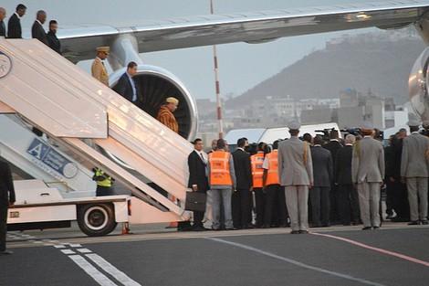 بالفيديو. محمد السادس يختار طائرة سعودية للتنقل إلى السنغال بدل الطائرات المغربية