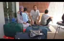 بالفيديو. أسرة مغربية تعتصم أمام بلدية أنزولا بإيطاليا وها علاش