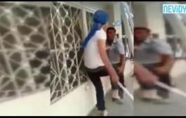 مرا ونص. شابة تركية عطات سلخة د العصا لراجل كان كيصدعها ف التليفون + فيديو