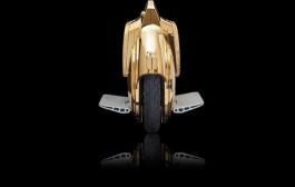 عريبان والبذخ الباسل. أمير خليجي شرا ست عجلات ذهبية بربعين مليون للوحدة (فيديو)