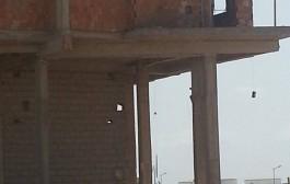 سُقوط عامل بناء من الطابق الرابع لعمارة في طور البناء بفاس (صورة)