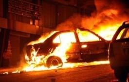 بغا يمسح آثار الجريمة هاد المسخوط. دار كسيدا مع موطور فخنيفرة وهو يحرق سيارتو ويهرب!