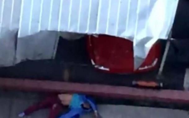 عندو سبع رواح. تشيلي طاح من الطابق 17 وبقا بالحياة (فيديو)