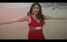 """الدارجة المغربية مشات بعيد. مغنية فنلندية تغني بالدارجة وتقول """"حبيبي شوف فيا مانقدرش نعيش بلا بيك"""" فيديو الاغنية"""