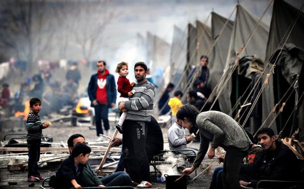أخبار الطنز : عالم دين سعودي..الغرب يحاول إفراغ سوريا من سكانها من اجل منع حدوث يوم القيامة!