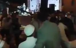 في العدالة والتنمية لا مكان للمعارضين!!. شيخ عارضهوم شدوه مناضلي الحزب وجراو عليه (فيديو)