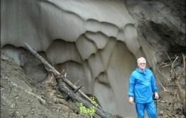 سر الخلود لدى الإنسان يدفع عالم روسي إلى حقن نفسه ببكتيريا عمرها 3.5 مليون سنة وها أش وقع ليه؟
