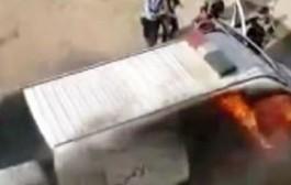 سيارة ديال البوليس تحرقات أثناء مباراة الوداد والدفاع