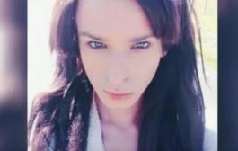 بالفيديو. طلاب ثانوية يحتجون على استخدام متحول جنسياً حمام الفتيات