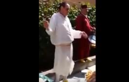 الشيخات غادي يهزو التقاعد. بالفيديو. راجل كيشطح فعرس مغربي شعل الفايسبوك