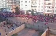 شغب الكرة غلب البوليس.. فوضى في محيط مركب محمد الخامس فكازا (فيديو)