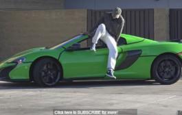 بالفيديو. نجم اليوتوب الامريكي يضع مقلبا صاعقا بسيارة فاخرة للصوص