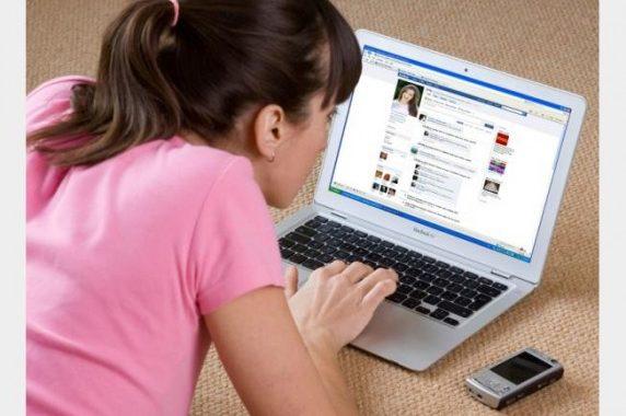 جرائم بشعة كان سبابها مواقع التواصل الاجتماعي