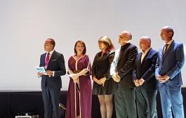 إفتتاح مهرجان السينما والذاكرة المشتركة بتكريم الفائز بجائزة نوبل التونسي حسين العباسي ونائبة رئيس الحكومة الاسبانية السابقة