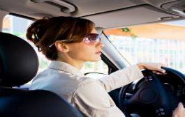 دراسة. النسا كيتعصبو كثر من الرجال خلال قيادة السيارة