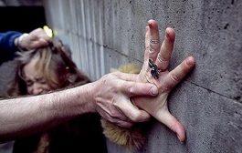 هادشي كايخلع: ثلاث شبان صوروا عملية اغتصاب جماعي  مباشرة في الفايسبوك
