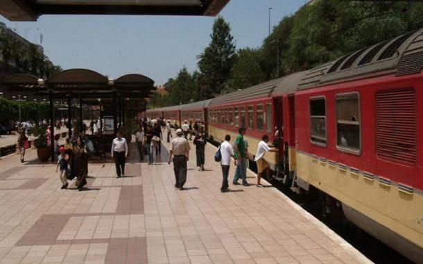 نشطاء يهاجمون المكتب الوطني للسكك الحديدية. قريب تبيعو لينا الهوا فلقراعي