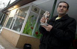 فنان بوسني باع جائزة ديالو باش يوكل ولادو!