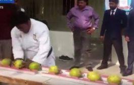 راس ولا مطرقة. بالفيديو باكستاني هرس 43 حبة كوك براسو