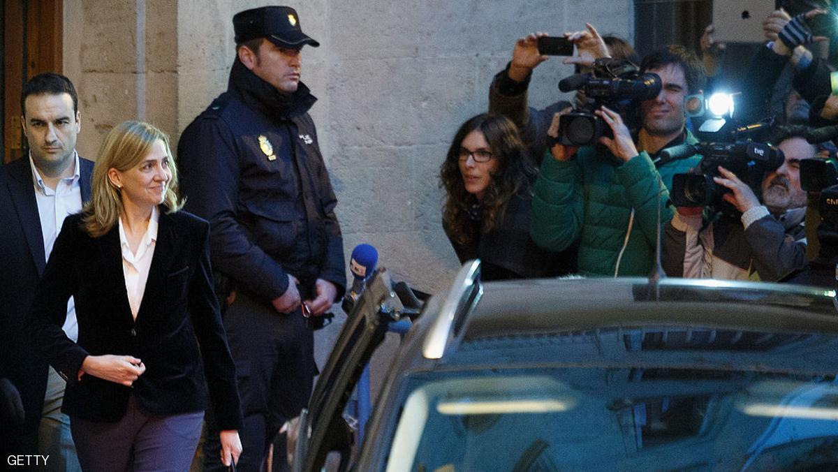 ها الاحكام فالقضية اللي كانت غادية تقضي على الملكية فاسبانيا: البراءة للاميرة كريستينا اخت ملك اسبانيا و6 سنوات لنسيبو