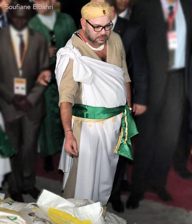 الملك باللباس التقليدي  لجمهورية جنوب السودان