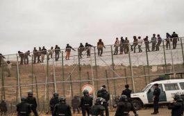 مئات المهاجرين الافارقة يقتحمون سبتة