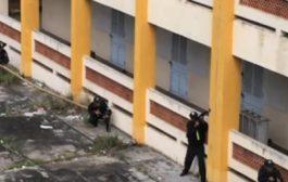 واخا الوسيلة بدائية ولكن زوينة. بالفيديو طريقة جميلة باش كتسلق القوات الخاصة المباني فالفيتنام
