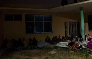 بالصور: احتجاجا على مكبوت لقاوه محيد سروالو وكيستمني عليهم: بنات داخلية مكناس باتو فالخلا