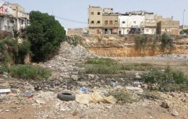 بالصور. هاكيفاش تحول  أساس مهمل لحفرةعملاقة  تهدد حياة سكان حي المسجد أو دوار بوشعيب الوطني سابقا بالبيضاء