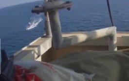 بغاو يديرو ليهوم بحال الكابتن فيليبس. بالفيديو طاقم حاملة نفط سالا مع قراصنة صوماليين