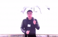 بالفيديو. صحفي حالة طقس منحوس ضرباتو رعدة كانت غاتصفيه