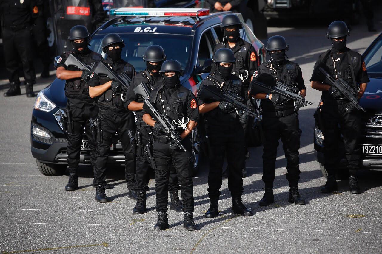 Moroccan Special Forces/Forces spéciales marocaines  :Videos et Photos : BCIJ, Gendarmerie Royale ,  - Page 10 الامن-البوليس-1