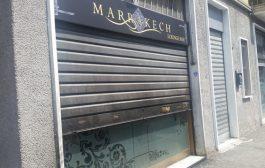 قناة إيطالية تهمات مقهى مغربي بدعم الارهاب والعنصريين حرقو القهوة