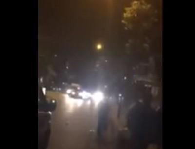 بالفيديو. اعتقال متطرف هدد مسلمين امام مسجد في لندن
