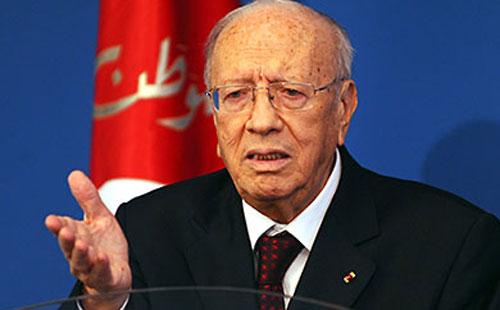 انفراد. الامير هشام رافض يتكلم مع الرئيس التونسي. حاول يتاصل بيه ووالو والتوانسة لصقوها فوزير داخليتهم وغاديين يحاكموه